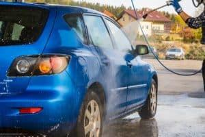 שטיפת מכונית